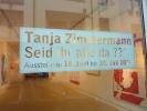 titel-im-schaufenster-der-galerie-wolkenbank